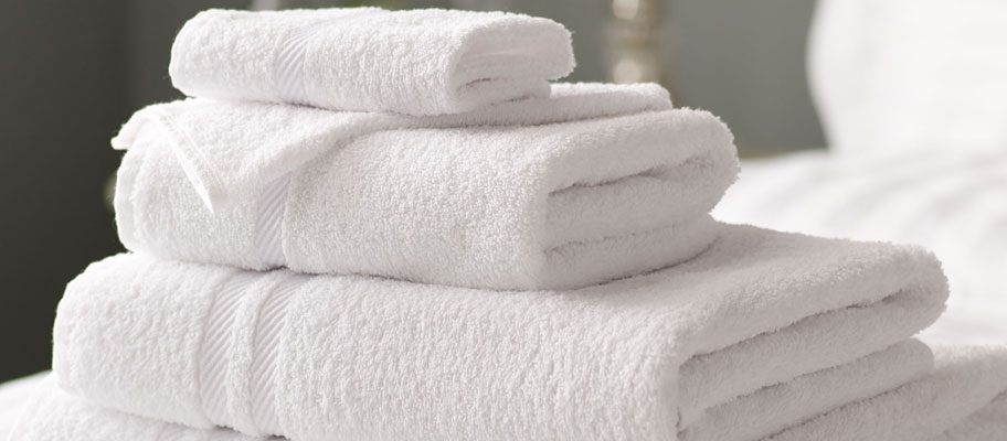 Picasso White Cotton Bath Towels