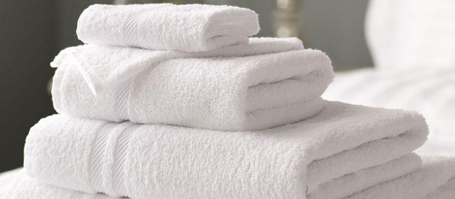 Picasso White Cotton Bath Towels