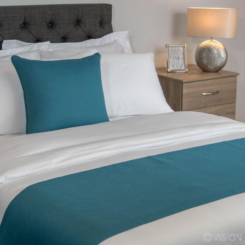 Kingfisher 100% Polyester Bed Runner