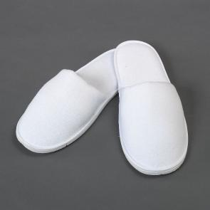 White cotton hotel and spa slippers - Closed toe style