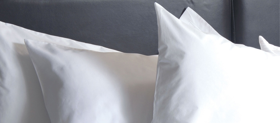 Fusaro Plain Housewife Pillowcase