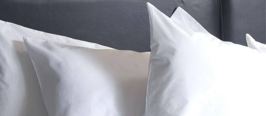 Fusaro Plain Housewife Pillowcase